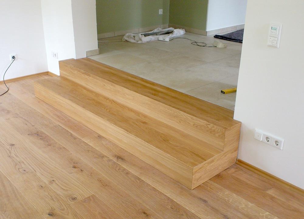 zwei stufen absatz treppe die tischlerei etienne plum aus stolberg bei aachen. Black Bedroom Furniture Sets. Home Design Ideas
