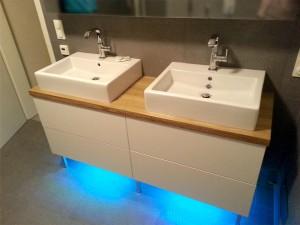Badmöbel Waschtischunterschrank und Alibert mit Spiegel